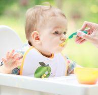 Bébé préfère en général les cuillères souples