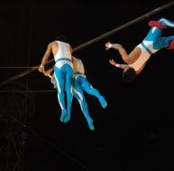 Acrobaties aériennes de cirque