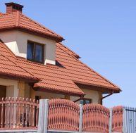 Donner un air contemporain à sa maison avec des tuiles en terre cuite
