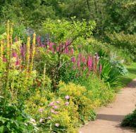 Fontaine de jardin installer une fontaine dans son Amenager une allee de jardin