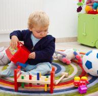 Apprendre à un enfant à ranger sa chambre