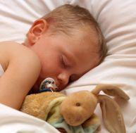 Aider son enfant à arrêter la tétine