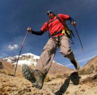 Utiliser des bâtons de randonnée