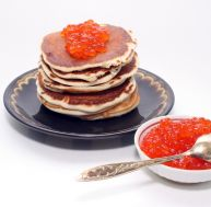 Blinis au caviar rouge