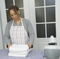 tablir le contrat de travail d 39 une aide domicile. Black Bedroom Furniture Sets. Home Design Ideas