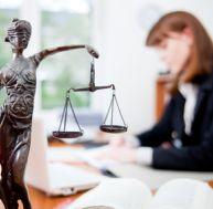 Comprendre l 39 acte d 39 huissier - Combien coute un avocat commis d office ...