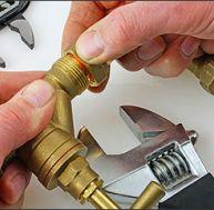 Choisir un plombier en cas d'urgence © Olivier Germain/Flickr