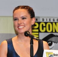 Daisy Ridley lors d'un Comic Con - copyright Heather Paul / Flickr CC