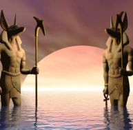Dieux égyptiens à tête de chacal