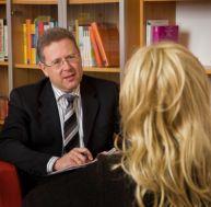 Les différences entre psychologue, psychiatre et psychothérapeute