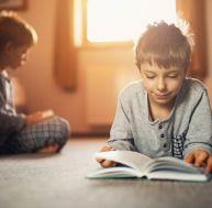5 idées de livres pour l'aider à bien vivre sa première rentrée !