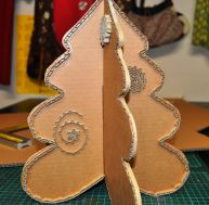Fabriquer son sapin de Noël en carton