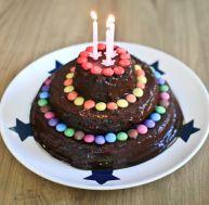 Recette du gâteau d'anniversaire au chocolat et aux amandes