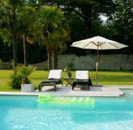 Faire construire une piscine : notre dossier