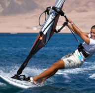 Comment s'initier au windsurf ?