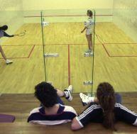 Jouer au squash à Paris