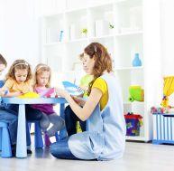 Connaître les étapes du licenciement d'une assistante maternelle