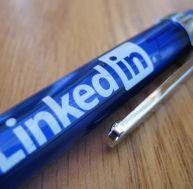 Le réseau LinkedIn va faire la chasse aux CV truqués - shella scarbourough / Flickr CC.