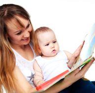 Racontez une histoire à bébé avant qu'il s'endorme