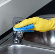 Astuces de nettoyage - Nettoyer son fer a repasser ...