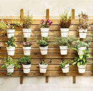 Customiser ses pots terre cuite - Decorer une terrasse avec des plantes ...