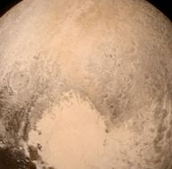 Photo de Pluton prise par New Horizons, à 768 000 km de distance - copyright NASA
