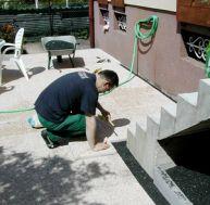 Poser des tomettes de sol for Pose de dalles exterieur sur sable