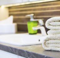Libérez de l'espace avec des éléments de rangements pour salle de bain