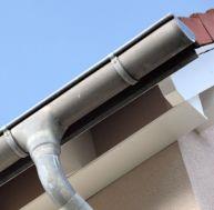 Remplacer un tuyau de descente PVC