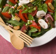 Salade de champignons crus au citron