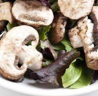 Salade aux champignons de Paris