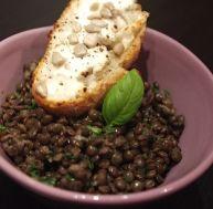 sa/salade-lentilles-froides-petits-croutons-chevre-graines-tournesol.jpg