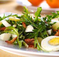 Salade de pissenlits au lard
