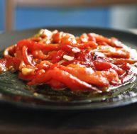 La salade de poivrons grillés