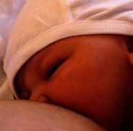 Seuls 40 % des bébés sont allaités au sein, de par le monde - copyright Stephane Malmesjo - Flickr CC.