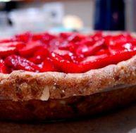 """Tarte aux fraises """"Raw"""" - © sleepyneko / Flickr. cc"""