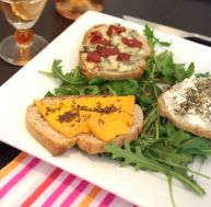 ta/tartines-salees-trois-fromages.jpg