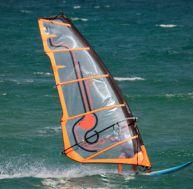 Choisir sa voile pour le windsurf