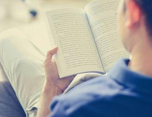 5 idées reçues sur la lecture / iStock.com -Kritchanut