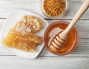 5 idées reçues sur le miel / iStock.com -aaboikis