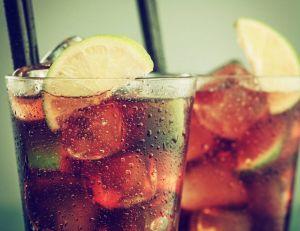 5 idées reçues sur les boissons / iStock.com -StudioThreeDots