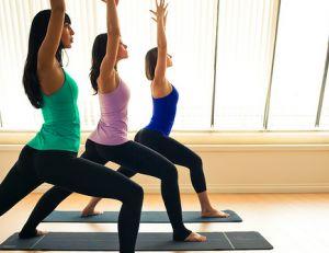Yoga - © lululemon athletica / Flickr cc.
