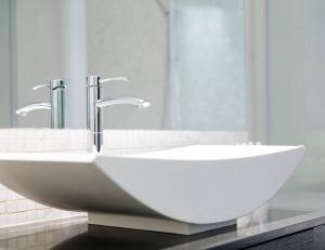 Adapter ses robinets en fonction de la taille de sa vasque / iStock.com -slidezero_com
