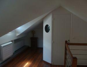 am nager des combles. Black Bedroom Furniture Sets. Home Design Ideas