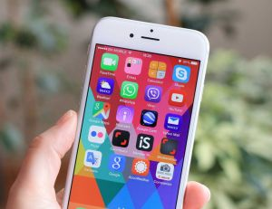 Appeler depuis internet : la fin du numéro de téléphone ? / iStock.com -Ellica_S