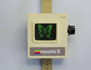 Non, l'Apple Watch 2 ne risque évidemment pas de ressembler à cet objet faussement vintage... - copyright instructables