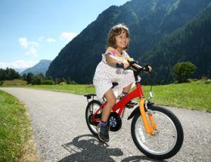 Apprendre aux enfants à circuler en vélo en toute sécurité