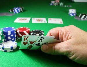 Apprendre à jouer au poker