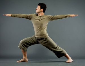 """Approuvé par Ashton Tucker et Jared Leto : connaissez-vous le """"Warriors yoga"""" ?"""