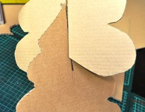 Assembler votre sapin en carton